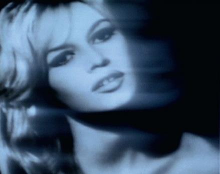 """""""Brigitte Bardot"""". Projection numérique. 73 x 92 cm."""
