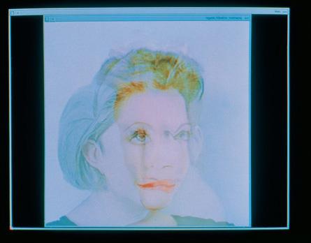 """""""Entre-deux, Hybridation Orlan/Diane"""". Photographie couleur dans boîte lumineuse. 48 x 46 cm. Édition de 8."""