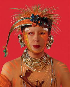 """Refiguration Self-Hybridation, Série Indienne-Américaine n°10. """"Portrait peint de Wee-Ke-Ru-Law, Celui Qui Troque"""", avec un portrait photographique d'Orlan. Photographie numérique. 152,4 x 124,4 cm. Édition de 5."""